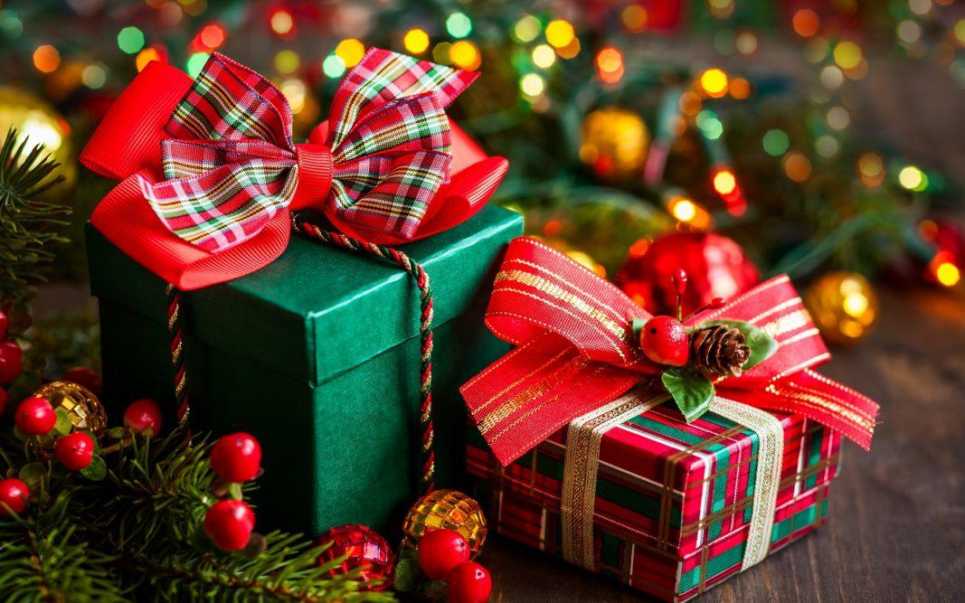 Αφιέρωμα δώρα! 100 προτάσεις από… 0 έως 100 ευρώ