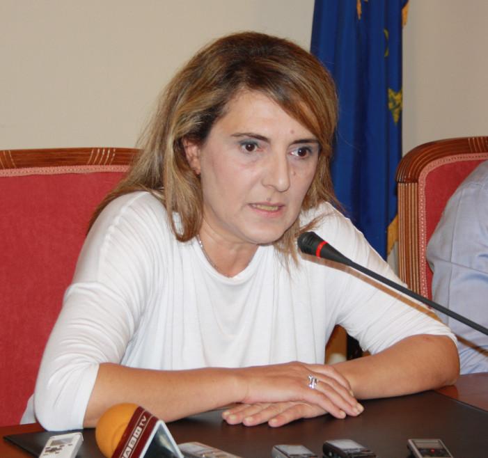 Η Ολ. Τελιγιορίδου ανακοίνωσε πτήσεις Charter στην Καστοριά και επάνδρωση του νοσοκομείου με 5 γιατρούς