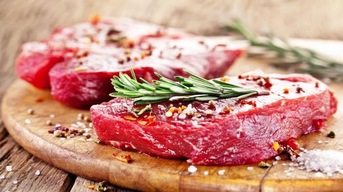 Μετά από απαίτηση της Ελλάδας οι θεσμοί συμφώνησαν να πάει ο ΦΠΑ στο 13% για το μοσχαρίσιο κρέας