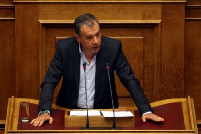 Θεοδωράκης: Να σταθεροποιηθούμε και μετά να πάμε σε εκλογές