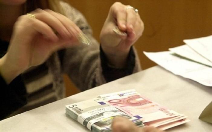 Δικηγόρος και αρχιφύλακας έσβηναν από την «μαύρη λίστα» του Τειρεσία ονόματα έναντι 3.000 ευρώ