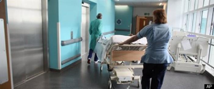 Εξαίρεση των ιδιωτικών παροχών υγείας από το νέο ΦΠΑ ζητούν οι γιατροί