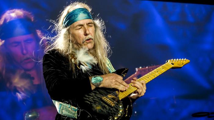Ο κιθαρίστας των SCORPIONS στη ΚΑΣΤΟΡΙΑ! Η προπώληση ξεκίνησε