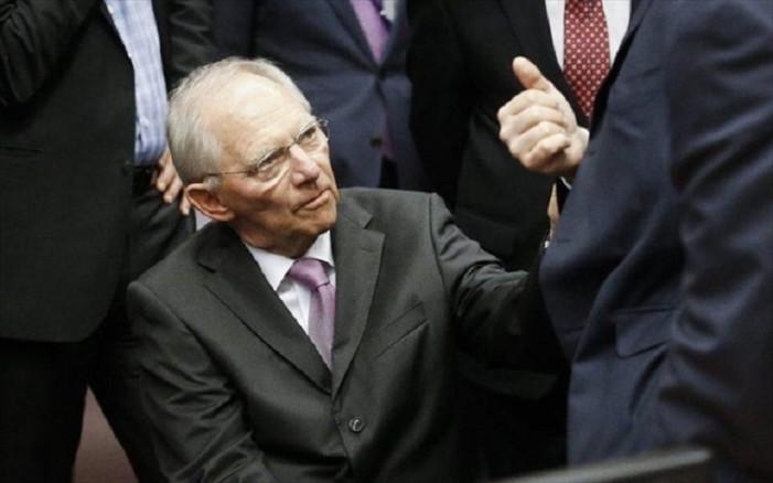 Σόιμπλε: Το ελληνικό χρέος δεν χρειάζεται κούρεμα