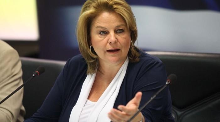 Η Κατσέλη ζητά την εμπιστοσύνη των Ελλήνων για τις τράπεζες (Δηλαδή να επιστρέψουν τα λεφτά)