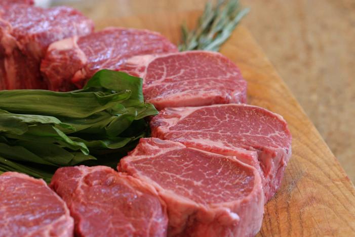 Μπορείτε να καταψύξετε ξανά το κρέας που ξεπαγώσατε;