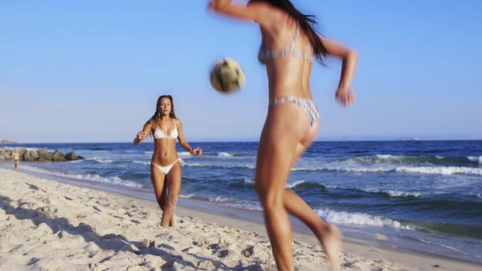 Πώς είναι μια καθημερινή μέρα σε παραλία του Ρίο;