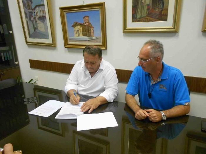 Πραγματοποίθηκε σήμερα η υπογραφή σύμβασης εργου Σιδηροχωρίου