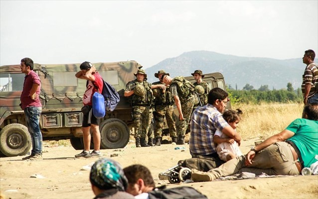 Ούγγροι και Σλοβένοι ελέγχουν τα ελληνικά σύνορα με την ΠΓΔΜ για μετανάστες