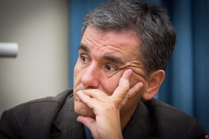Ο Τσακαλώτος «τρέμει» την Πρόεδρο: «Ζωής θέλοντος» θα πάει η συμφωνία στη Βουλή