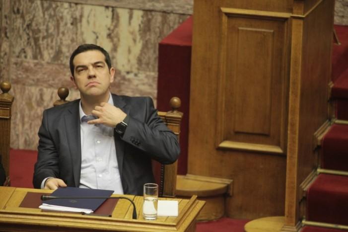 Βαριά πληγωμένη η κυβέρνηση – 47 απώλειες στον ΣΥΡΙΖΑ στην ψήφιση του 3ου Μνημονίου – Έμεινε με 115 βουλευτές