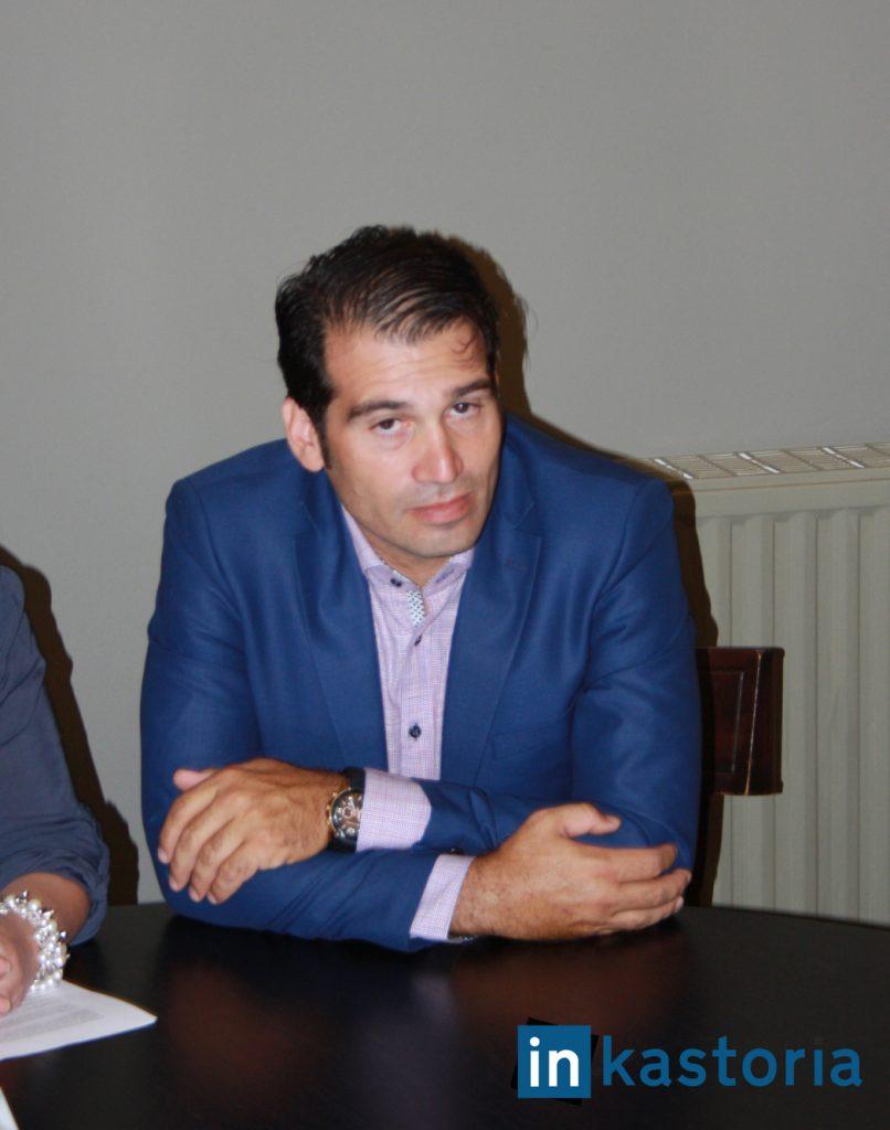 Ο υποψήφιος του ΠΑΣΟΚ Παντελής Περιβολάρης