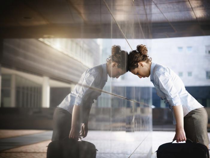Πώς να αντιμετωπίσετε μια απόρριψη στην εργασία