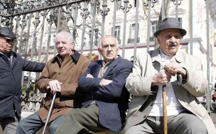 Ολα τα νέα όρια ηλικίας για συνταξιοδότηση