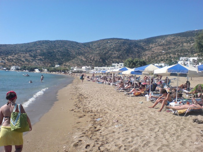 Νέο ρεκόρ αφίξεων και εσόδων για τον ελληνικό τουρισμό