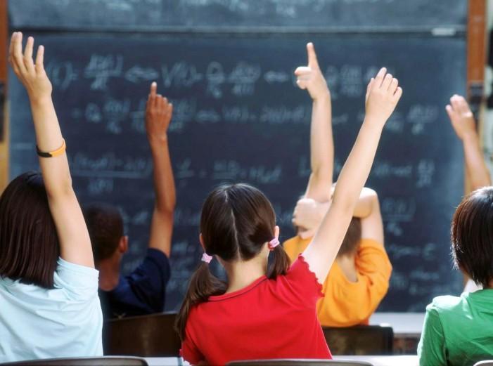 Στις 9:15 θα ανοίξουν αύριο τα σχολεία στην Καστοριά