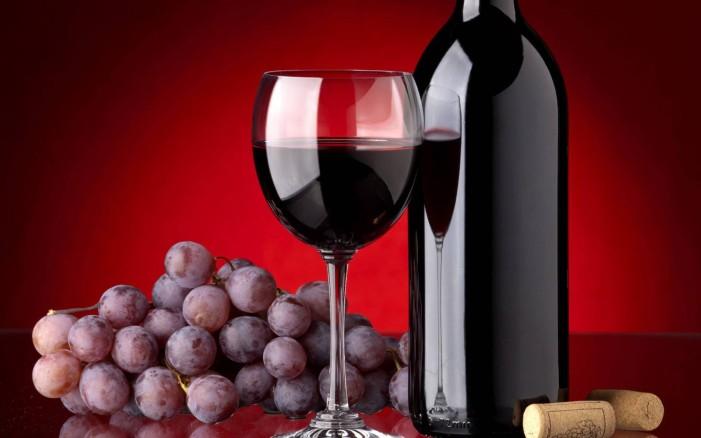 Το ελληνικό κρασί άρχισε να «μεθάει» και τους Άγγλους!