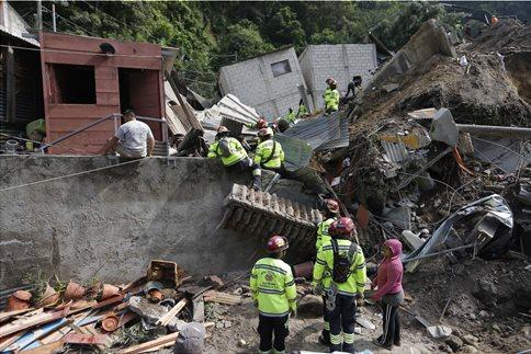 Γουατεμάλα: Στους 161 ο αριθμός των νεκρών από την κατολίσθηση
