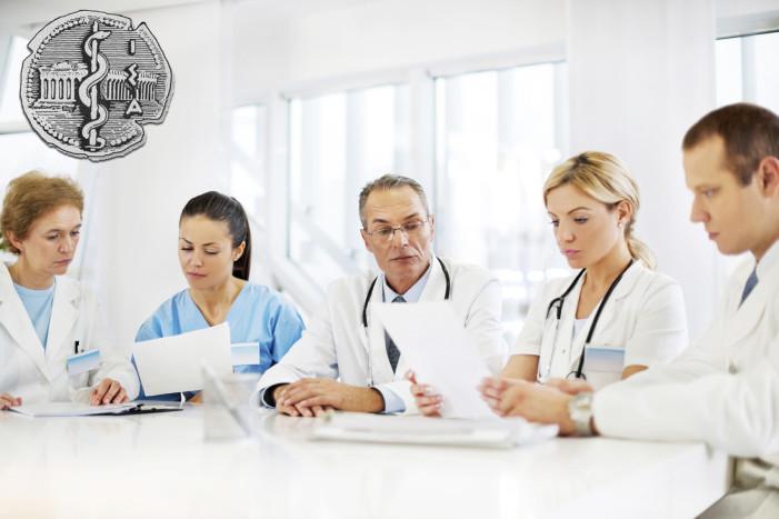 Επιμένουν οι γιατροί: Όχι σε πληρωμές με κάρτες