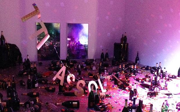 Καθαρίστριες κατέστρεψαν καλλιτεχνική εγκατάσταση γιατί θεώρησαν ότι ήταν σκουπίδια!