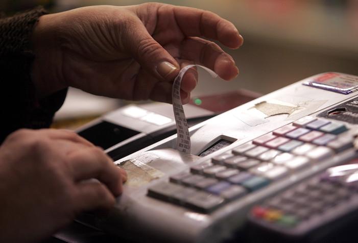 «Κόλπο γκρόσο» φοροδιαφυγής εκατομμυρίων από κύκλωμα με πειραγμένο λογισμικό