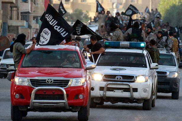 Γιατί οι τζιχαντιστές του ISIS έχουν τόσα TOYOTA;