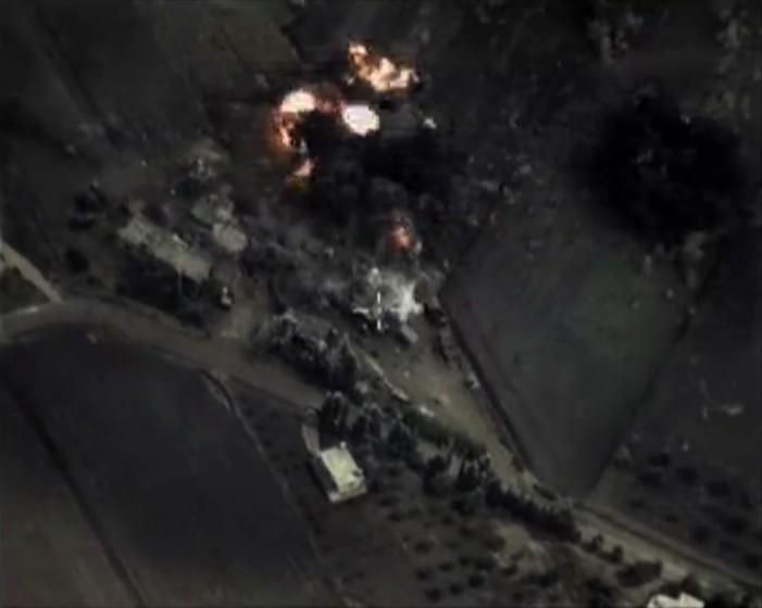 H Μόσχα σφυροκοπεί τη Συρία