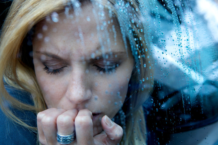 Κατάθλιψη: 6 σημάδια που δεν πρέπει να αγνοούμε