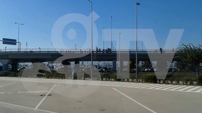 Σοβαρά επεισόδια στο αεροδρόμιο μεταξύ Σέρβων και Κροατών (βίντεο)