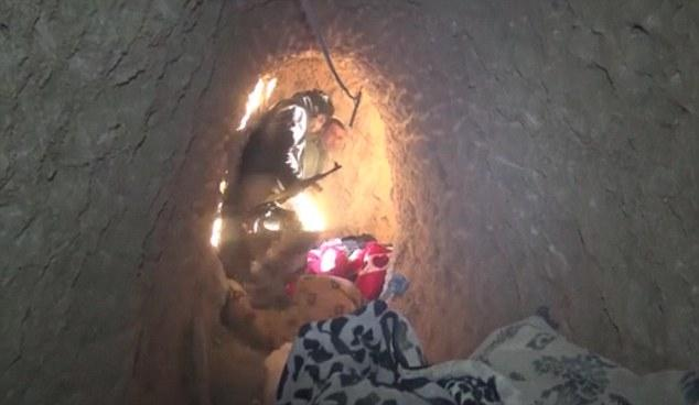 Οι σήραγγες του τρόμου: Τα μυστικά τούνελ που κρύβονται οι τζιχαντιστές – Βρέθηκαν μαζικοί τάφοι (βίντεο)