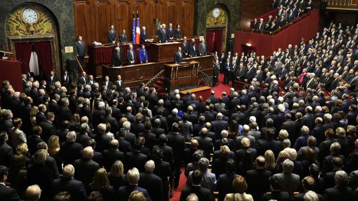 Ολάντ: Θα καταστρέψουμε το Ισλαμικό Κράτος