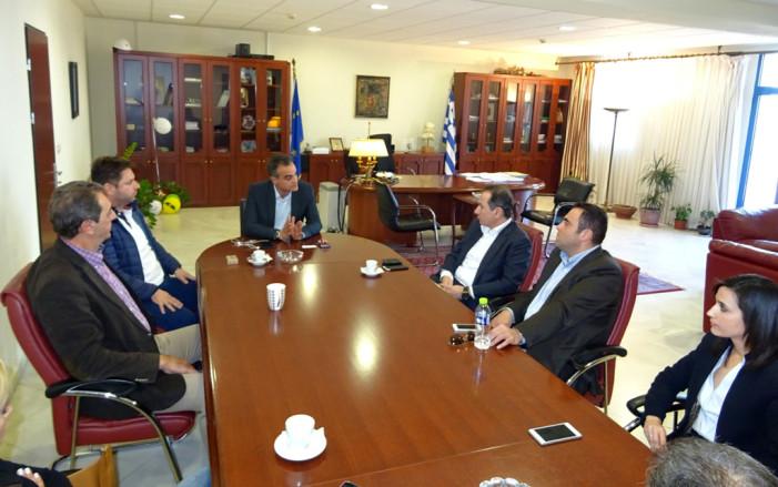 Η ενότητα και η εξωστρέφεια του κλάδου επι τάπητος στη συνάντηση του Περιφερειάρχη Δ. Μακεδονίας με τον Έλληνα πρόεδρο της Παγκόσμιας Ομοσπονδίας Γούνας