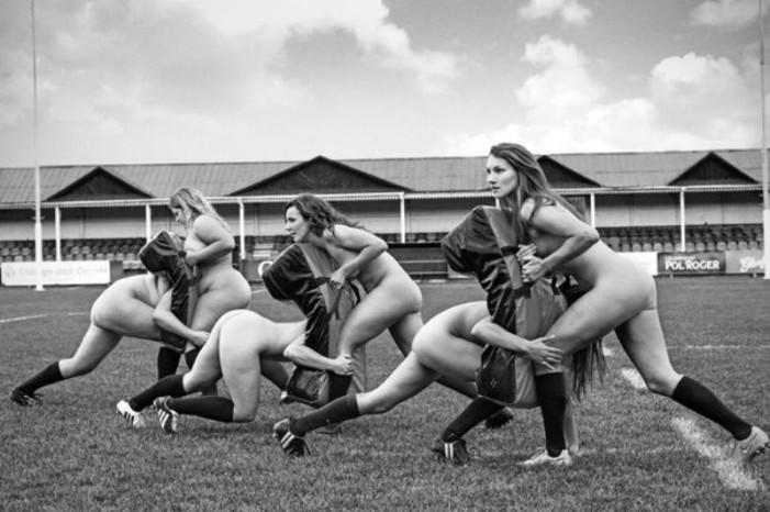 Ποιες αθλήτριες φωτογραφήθηκαν γυμνές για καλό σκοπό; (φωτό)