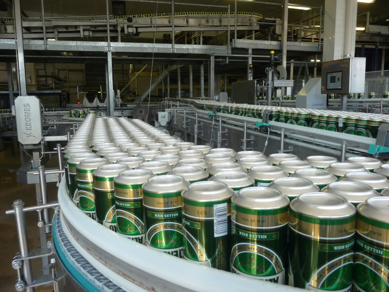 beer manufacturing A report on operations of manufacturing beer manufacturing of beer overview: kingfisher beer kingfisher is one of the oldest, most widely recognized and respected brands in india.