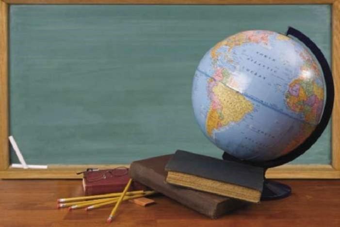 Ο Φίλης αποκλείει επιβολή διδάκτρων στη δημόσια εκπαίδευση