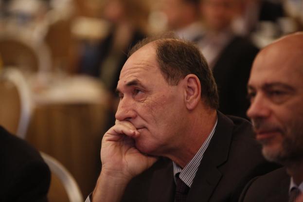 Ο Σταθάκης «αμέλησε» να δηλώσει 38 ακίνητα και 800.000 ευρώ