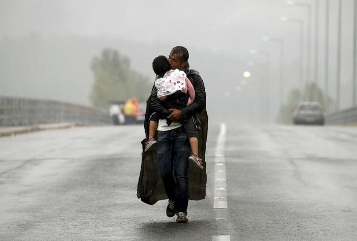 Guardian: Φωτογράφος της χρονιάς είναι ο Γιάννης Μπεχράκης (φωτογραφίες)
