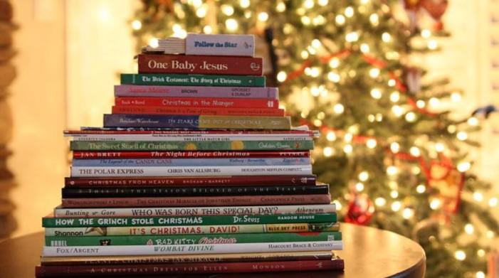 Αυτά είναι τα νέα Χριστουγεννιάτικα βιβλία για παιδιά