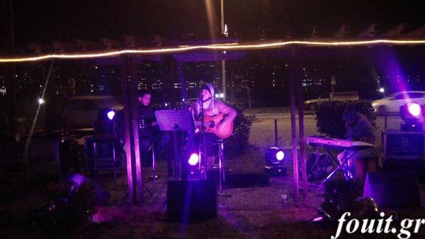 """Η συναυλία του Λάζαρου Καψιμάλη στη """"Λίμνη των Ευχών"""" (φωτογραφίες-βίντεο)"""