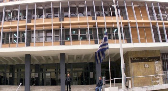 Θεσσαλονίκη: Δικηγόρος επιχείρησε να δώσει μικροποσότητα ηρωίνης σε κρατούμενη