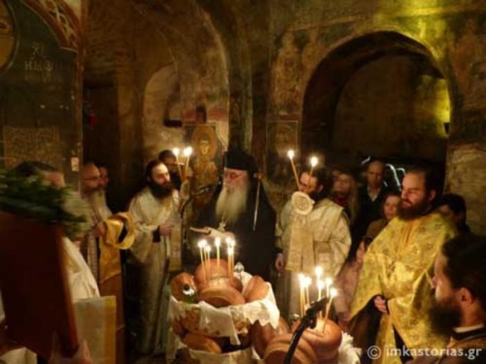 Ο Εσπερινός του Πρωτομάρτυρος Αγίου Στεφάνου στην Καστοριά (ΦΩΤΟ)