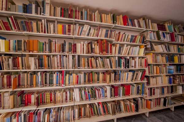 Μετακομίζει η Δημοτική Βιβλιοθήκη Καστοριάς (βίντεο)