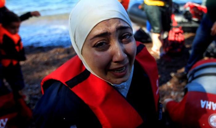 Τα πέντε προβλήματα που τορπιλίζουν τη μετεγκατάσταση προσφύγων