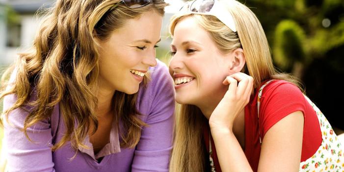 Το σύμφωνο συμβίωσης «εξισώνει» τα ομόφυλα με τα ετερόφυλα ζευγάρια