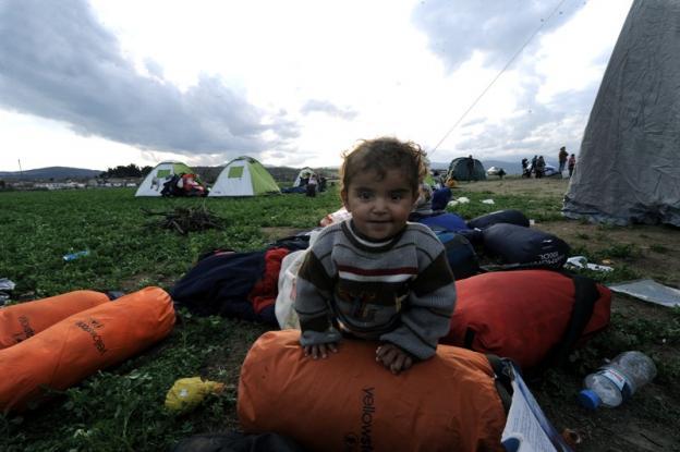 Έκλεισαν και πάλι τα σύνορα οι Σκοπιανοί – Χιλιάδες εγκλωβισμένοι πρόσφυγες