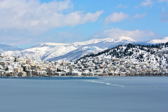 Trivago: Δεύτερος ελληνικός χειμερινός προορισμός η Καστοριά διεθνώς