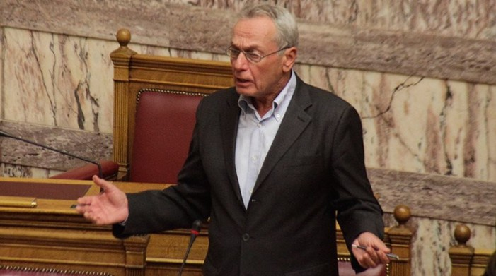 Υπό παραίτηση ο υφυπουργός Μεταφορών Παναγιώτης Σγουρίδης