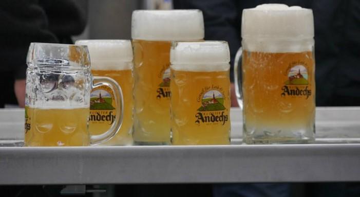 Παγκόσμια έρευνα αλκοόλ: Ποιοι μεθούν, ποιοι…κάνουν κεφάλι και ποιοι δεν το αντέχουν