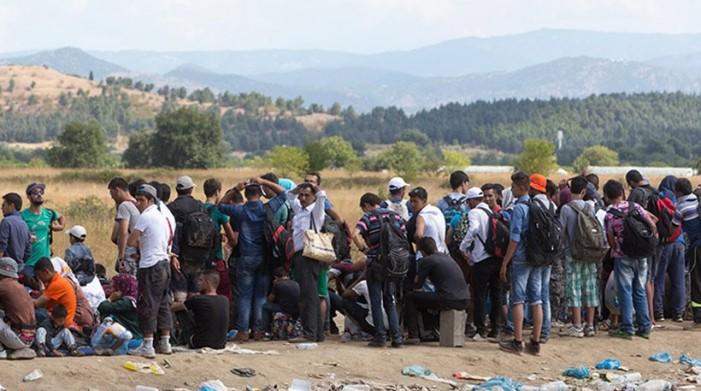 De facto κλείσιμο των συνόρων από ΠΓΔΜ, Σλοβενία, Αυστρία, Σερβία, Κροατία
