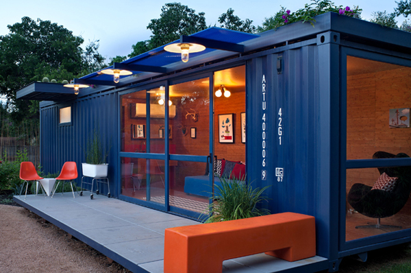 1-container-guest-house